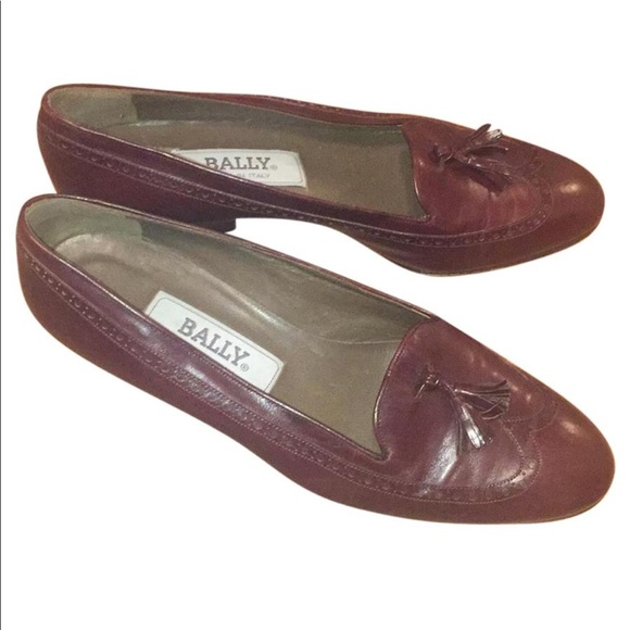 95a3f20eb1b Authentic Bally Low Heel Leather Pumps